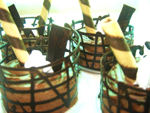 Chocolate Mousse Baskets
